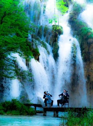 2cellos Plitvice Lakes