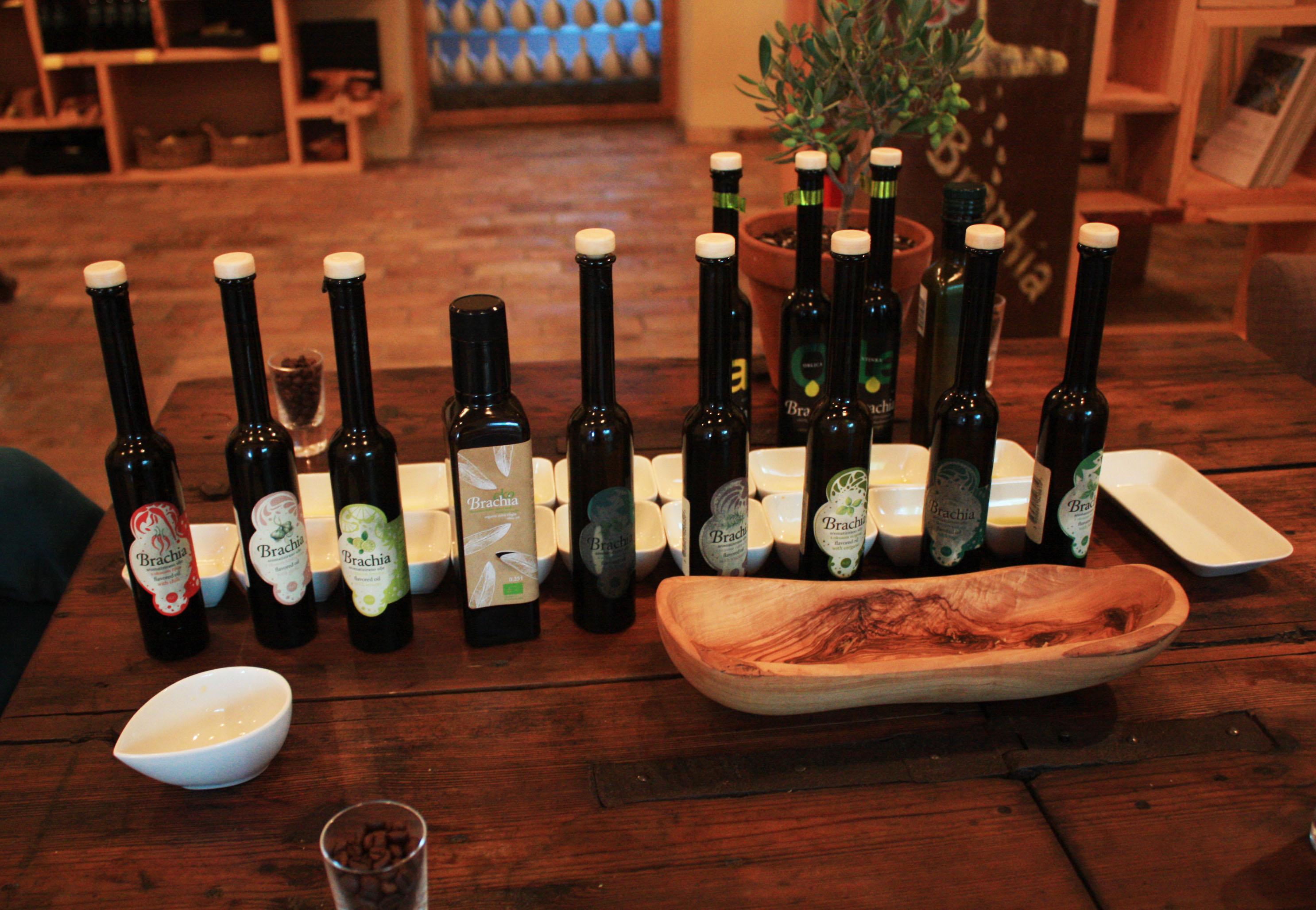 Olive oil tasting in Brachia